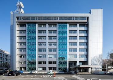 鳥取県優良建設工事表彰及び優良技術者表彰を受賞しました。