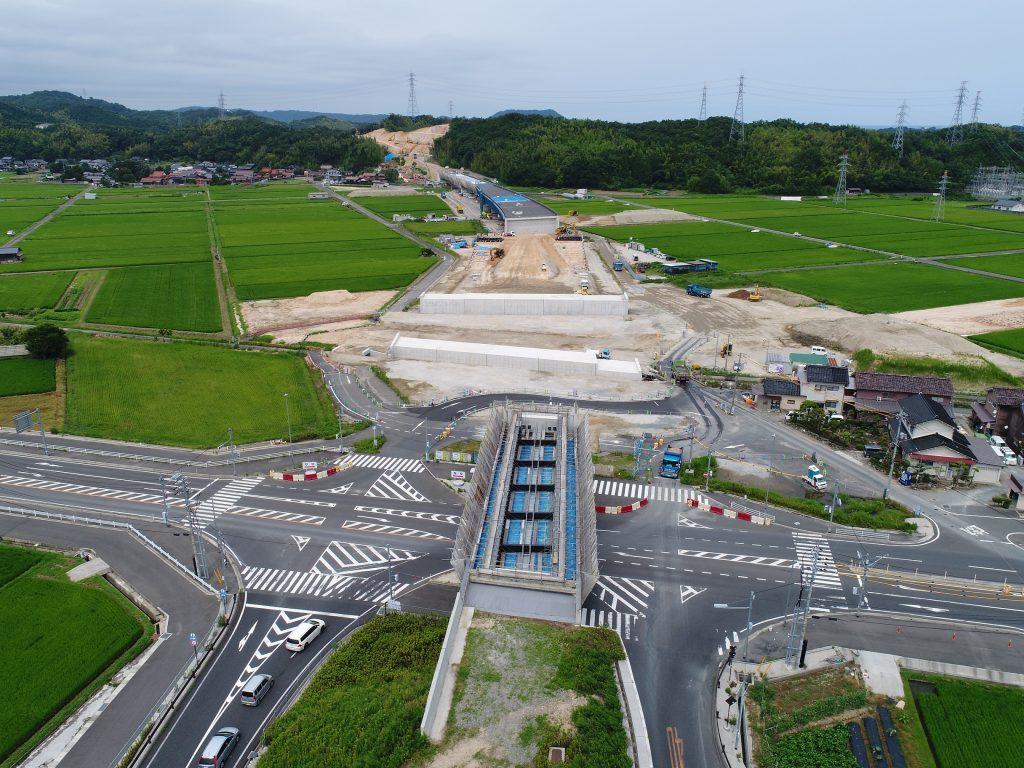 大和建設株式会社 平成29年 鳥取西道路鳥取西IC第5改良